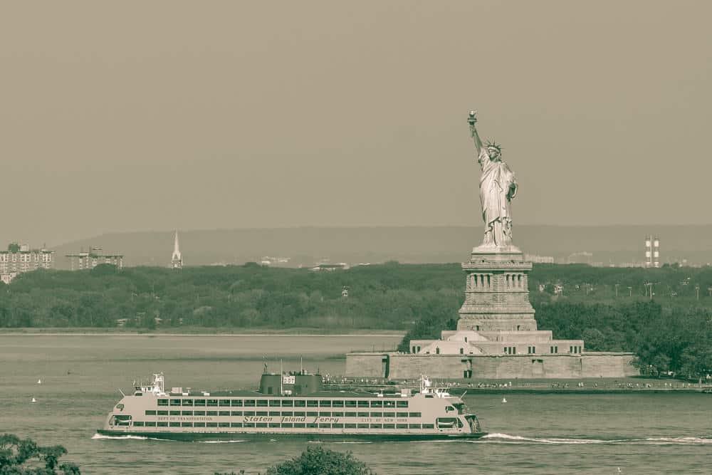nyc-harbor-cruise-010
